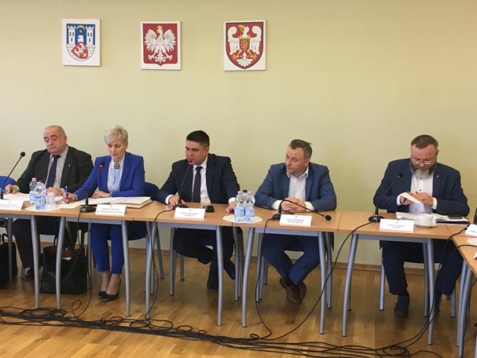 Informacja z przebiegu LVI sesja Rady Powiatu Średzkiego V kadencji